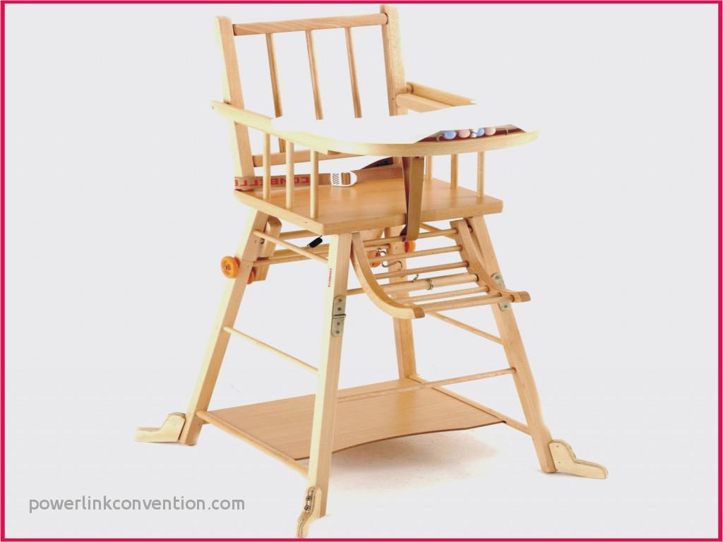 A Quel Age Faut Il Installer Bebe Dans Une Chaise Haute